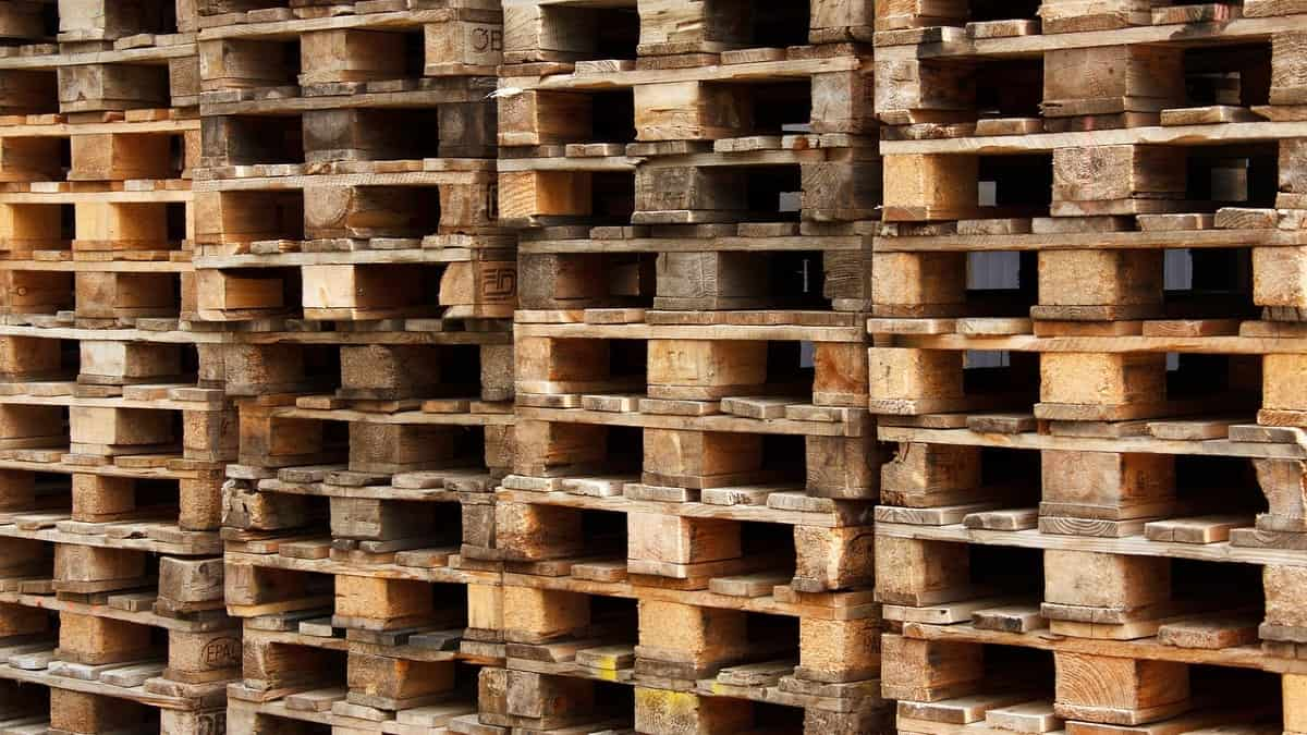 stack of dirty pallets