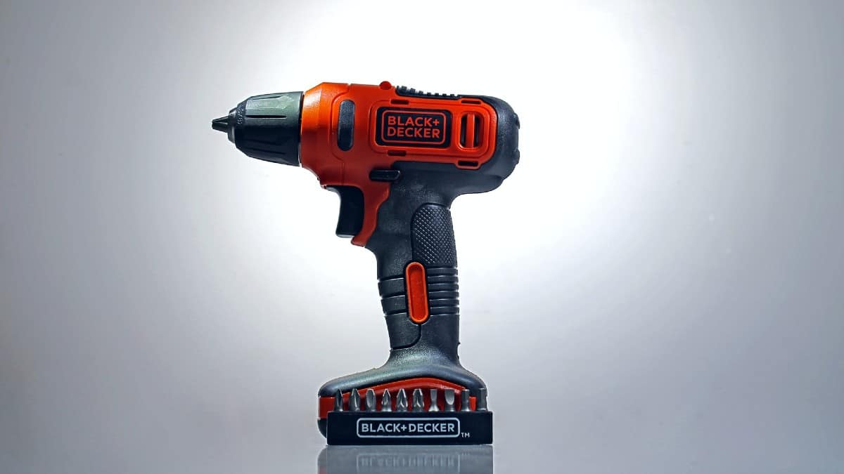 Featured image for the Can An Electric Drill Be Used As A Sander post